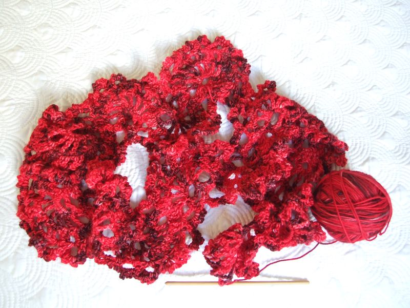 Red scarfe 4